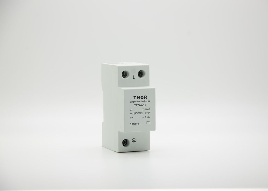Durable Type 1 Surge Protection Device Uc 385v 50ka  Built - In Temperature Control